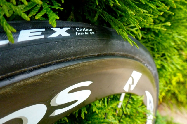 Veloflex Carbon for the rear